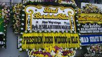 Di Rumah Duka Gus Sholah, Bunga Duka Cita Jokowi hingga SBY Berjejer