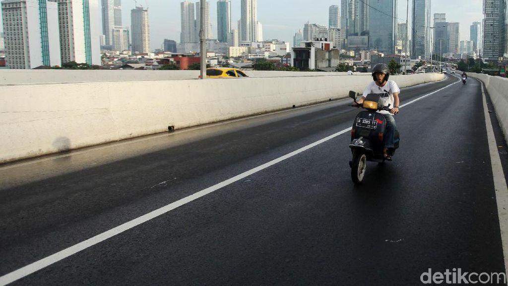 Jangan Nekat! JLNT Casablanca Bakal Dipasang Kamera e-Tilang Motor