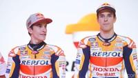 Duo Marquez Pakai Helm Spesial di Jerez, Bakal Dilelang Nih!