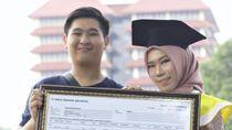 Mahasiswi UI Wisuda Dapat Kado Saham dari Gebetan, Kisahnya Viral