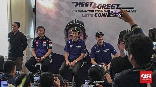 Valentino Rossi dan Maverick Vinales menyapa penggemar di Indonesia.