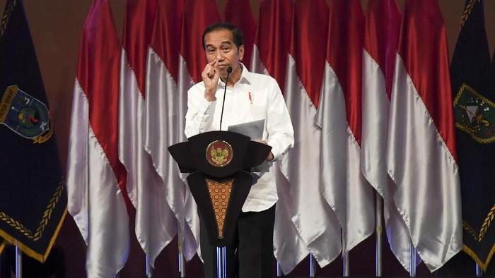 BNPB menggelar Rapat Koordinasi Nasional Penanggulangan Bencana Tahun 2020. Presiden Joko Widodo turut hadir memberi arahan di rakornas BNPB itu.
