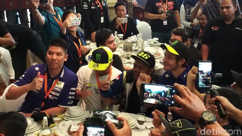 Meet and greet fan Indonesia dengan Valentino Rossi