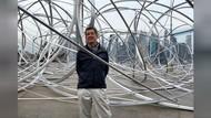 Pematung New York Bikin Karya Instalasi dari Proyek Seni Global BTS