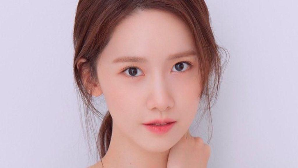 Yoona SNSD dan Lee Hyori Kena Kritik, Pergi Karaoke dan Tak Pakai Masker