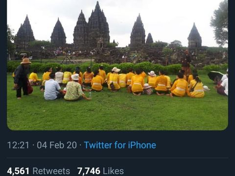 Viral Umat Hindu Sembahyang di Luar Pagar Prambanan, Ini Kata PHDI
