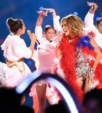 PETA Kritik Keras Penampilan Spektakuler Jennifer Lopez di Super Bowl