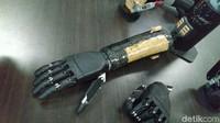 Tangan Bionik Buatan Undip