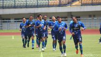 Punya 26 Pemain, Persib Bandung Bakal Tambah Amunisi?
