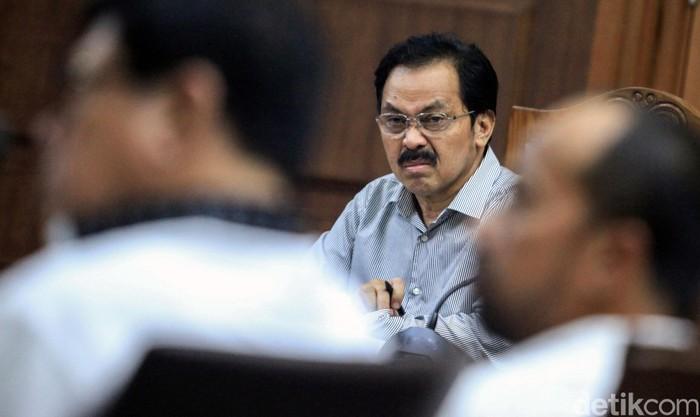 Gubernur Kepulauan Riau nonaktif Nurdin Basirun jalani sidang lanjutan di Pengadilan Tipikor Jakarta. Sidang kali ini beragendakan pemeriksaan 7 orang saksi.