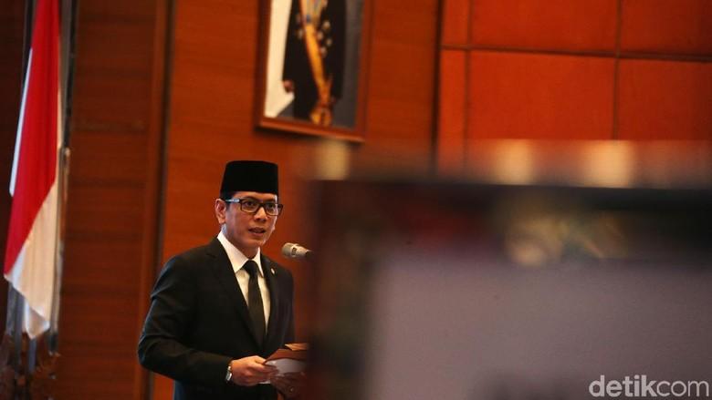 Menteri Pariwisata dan Ekonomi Kreatif Wishnutama Kusubandio melantik pejabat Pimpinan Tinggi Madya (Eselon I) dan Pejabat Pimpinan Tinggi Pratama (Eselon II) di Balairung Soesilo Soedarman, Gedung Sapta Pesona Jakarta, Rabu (5/2/2020).