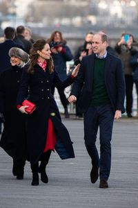 Tak Pakai Gaun Putri Raja, Kate Middleton Minta Maaf