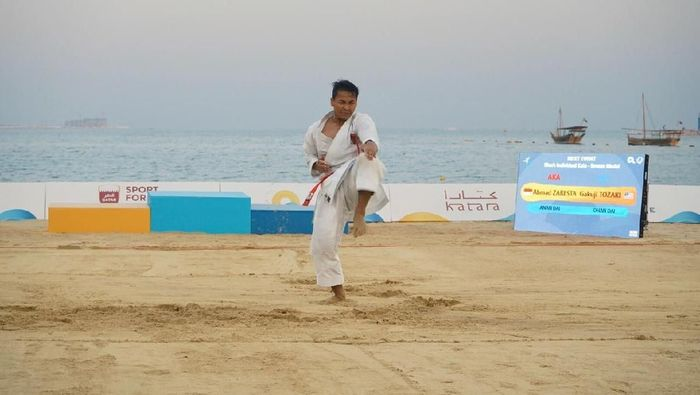 karateka Indonesia Ahmad Zaresta