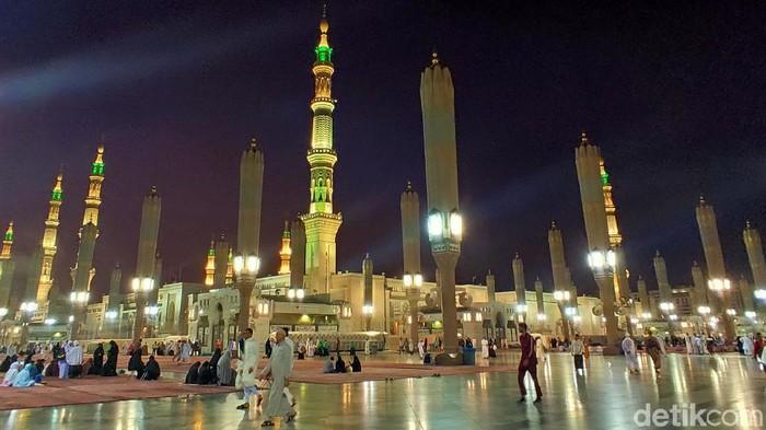 Ilustrasi masjid nabawi madinah