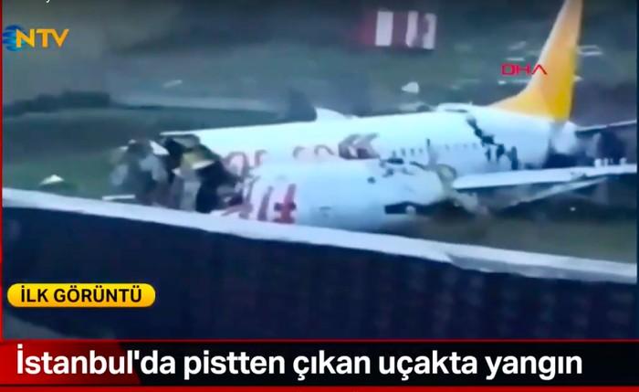 Pesawat di tergelincir di Istanbul. (NTV Turki)