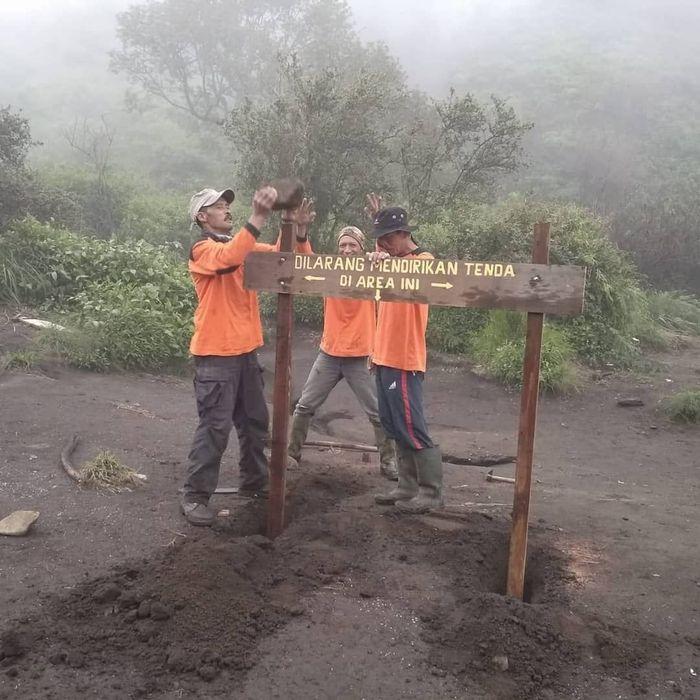 Pos 2 Gunung Merbabu