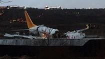 Video Pesawat Terbelah 3 Usai Tergelincir di Turki, 1 Orang Tewas