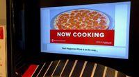 Bukan Uang, ATM Ini Khusus Sediakn Pizza Hangat Selama 24 Jam