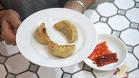 Wokey: Bisa Pilih Sendiri Topping Tumisan di Resto Kekinian Ayu Dewi