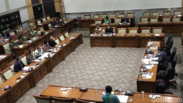 Rapat Komisi III bersama PPATK