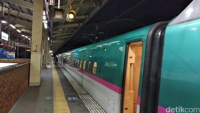Menikmati Kota-kota di Jepang Lewat Jendela Kereta Shinkansen