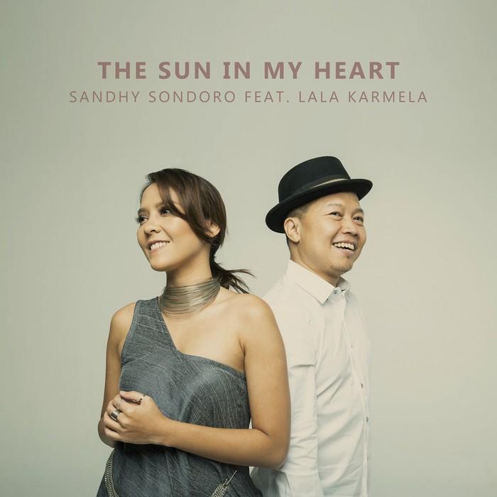 Sandhy Sondoro dan Lala Karmela