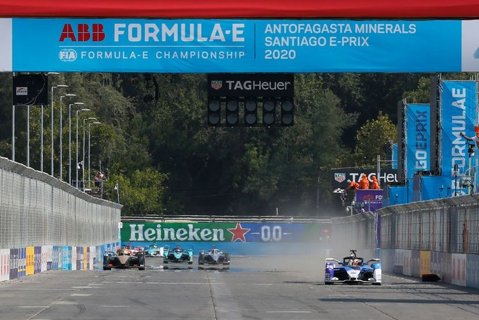 SANTIAGO, CHILE - JANUARY 18: Maximilian Günther of Germany for BMW i Andretti Motorsport team wins the E-Prix Antofagasta Minerals as part the third round of the ABB FIA Formula E Championship 2019/2020 on January 18, 2020 in Santiago, Chile. (Photo by Marcelo Hernandez/Getty Images)