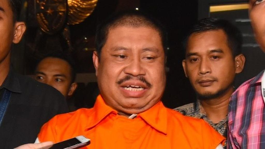 Sidang Kasus Suap Bupati Bengkalis, Saksi Ungkap Uang Ketok Palu ke DPRD
