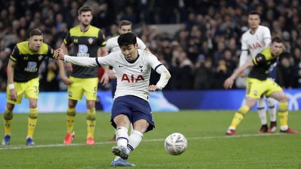 Tottenham memiliki tembakan ke gawang lawan lebih sedikit daripada tembakan yang mereka hadapi.