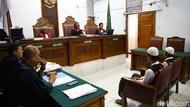 Video: Dua Eksekutor Pupung-Dana Bantah Dakwaan Pembunuhan