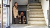 Meski stigma negatif masih terus mengiringi mereka yang tinggal di banjinha. Tapi masih ada yang optimis dengan banjinha, seperti pasangan Park Young Jun (26) dan Shim Min (24). (BBC)