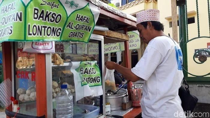 Penjual bakso viral