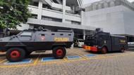 400 Personel Polisi Siaga di Depan Kemenkes Kawal Demo KSPI