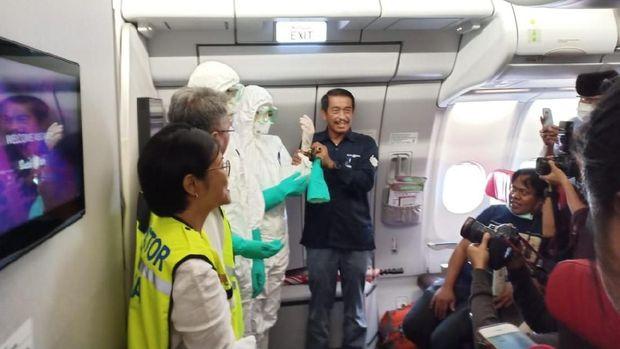 Ini Ceri Di Balik Keputusan Evakuasi WNI dari China Pakai Bat