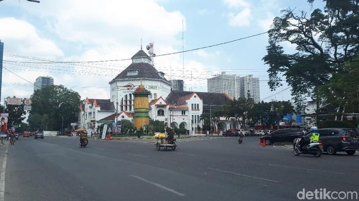 Ilustrasi Medan -- Tugu titik nol Kota Medan (Haris Fadhil/detikcom)