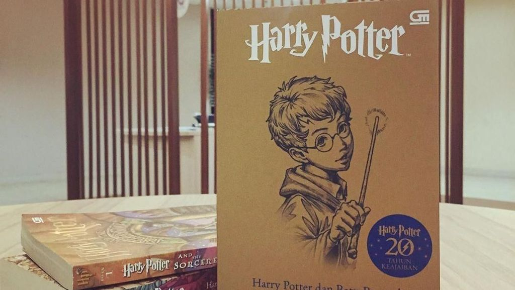 Potterhead, Ada Sampul Spesial Harry Potter dan Batu Bertuah Nih!