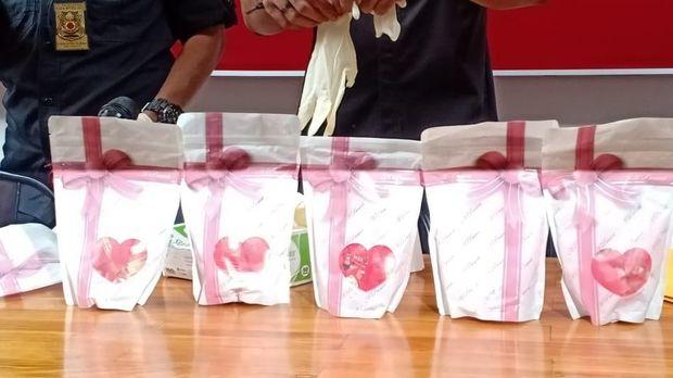 Akan Disebar Saat Valentine, Peredaran 38.400 Pil H5 Digagalkan Polisi