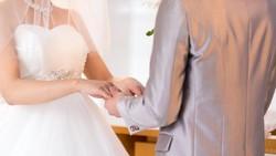 Imbas Penularan Virus Corona, Pasangan Ini Menikah lewat Live Streaming