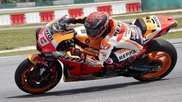 Marc Marquez menjalani tes MotoGP Malaysia di Sirkuit Sepang, Jumat (7/2/2020). (Foto: Mirco Lazzari gp/Getty Images)