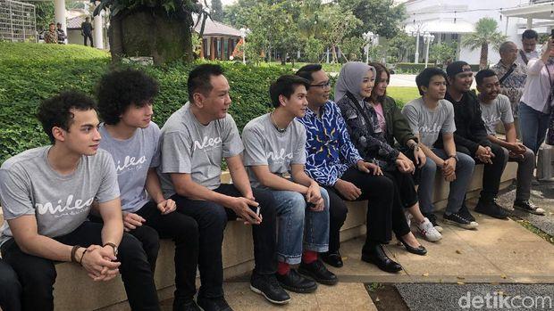 Bintang 'Milea Suara dari Dilan' Sowan ke Ridwan Kamil
