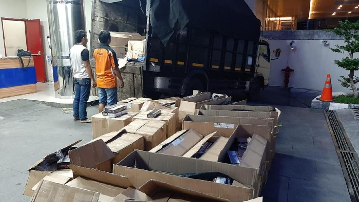 Pencacahan barang bukti di Kanwil DJBC Jateng
