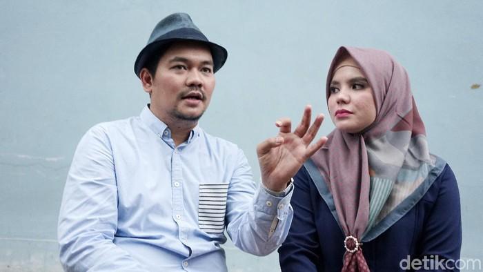 Indra Bekti dan Aldilla Jelita saat ditemui di Trans TV.