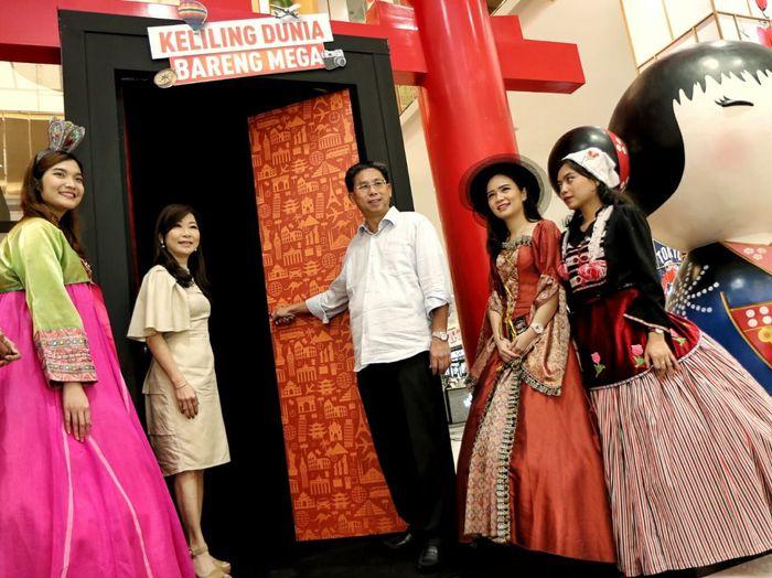 Sebagai apresiasi bagi nasabah, Bank Mega meluncurkan program Keliling Dunia Bareng Mega. Istimewa/Dok. Bank Mega.