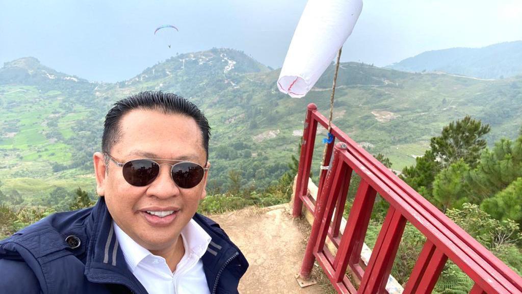 Ketua MPR Dorong Danau Toba Jadi Pariwisata Dunia