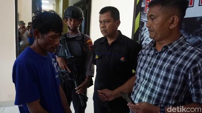 Jumpa pers kasus suami tusuk istri di Mapolres Pekalongan Kota, Jumat (7/2/2020).