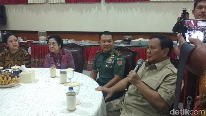 Prabowo Subianto di Akmil, Magelang, Jumat (7/2/2020).