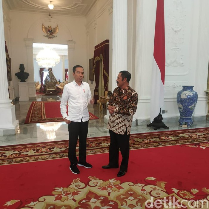 Jokowi-FX Rudy di Istana Negara