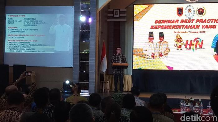 MenPAN-RB Tjahjo Kumolo di Hari Pers Nasional di Banjarmasin (Farih Maulana Sidik/detikcom)