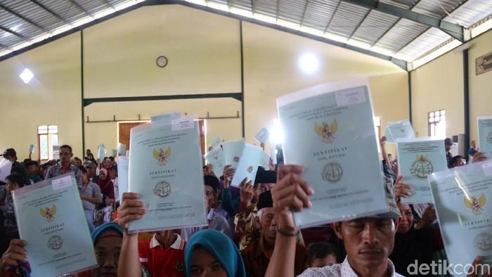 1200 sertifikat tanah dibagikan di sukabumi
