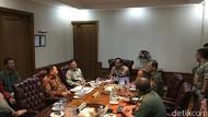 Mahfud Md Pimpin Rapat Bahas Pulau Kosong Untuk RS Khusus Virus Menular